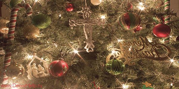 Как выбрать искусственную елку к Новому году.